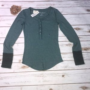 Aeropostale small long sleeve top NWT
